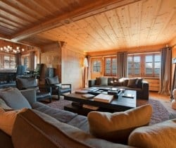 Chalet Tootsie: Living room