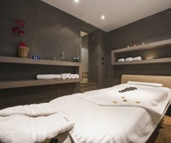 Chalet Tournalon: Massage room