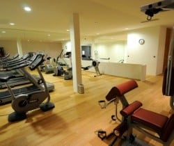 Chalet Vicky: Resort fitness room