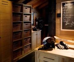 Chalet Sattva: Ski room