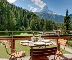 Chalet Apartment Emi: Al fresco dining area