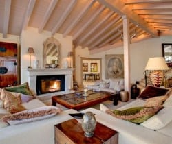 Chalet Jewel: Living room