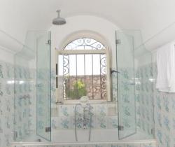 Villa Castiglione - Bathroom