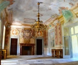 Villa Gallio-Entrance