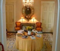 Villa Imperatore: Entrance hall