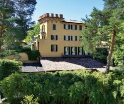 Villa Malakoff: Exteriors