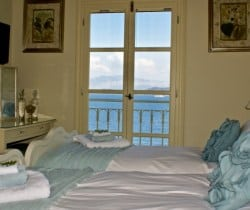 Villa-Aglaia-Bedroom