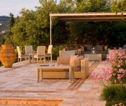 Villa-Aglaia-Outdoor-chill-area