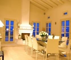 Villa-Thea-Dinini- room