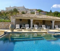 Villa-Thea-Swimming-pool