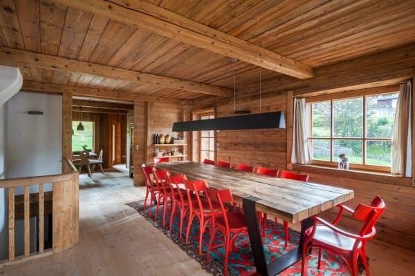 Chalet Krystal-Dining area