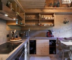 Chalet Maso: kitchen