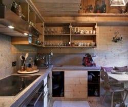 Chalet Maso: kitchen