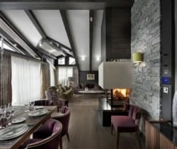 Chalet Kurma: Living and dining area
