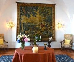 Villa Adriano-Entrance hall