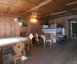 Chalet Fox - Dining area
