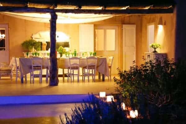 Villa-Bonita-Al-fresco-dining-area-by-night