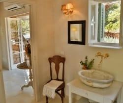 Villa-Bonita-Bathroom