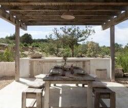 Villa Daisy-Al fresco dining area