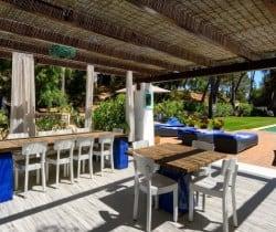 Villa Alma-Al fresco dining area