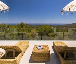 Villa Gaia-Bedroom_terrace