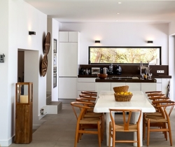 Villa Gaia-Kitchen & dining_area