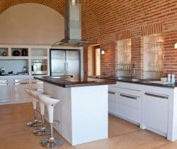 Villa Yorokobu: Kitchen