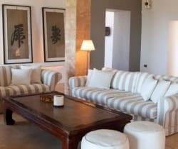 Villa Yorokobu: Living area