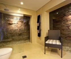 Villa Kabi-Bathroom