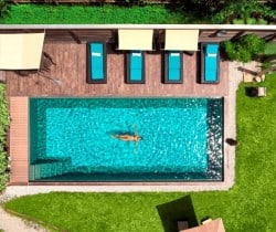 Chalet Coco-Swimming pool