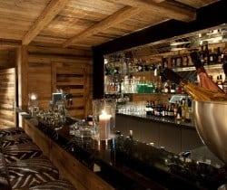 Chalet Astro: Bar