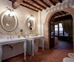 Villa Ombrone: Bathroom