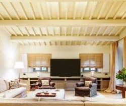 5Villa Bolgheri - TV room