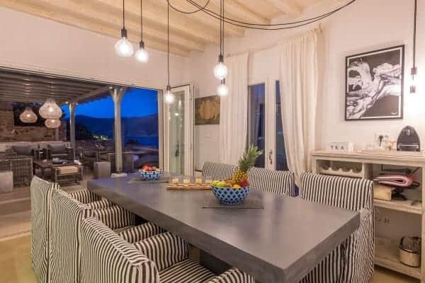Villa Calantha-Dining area
