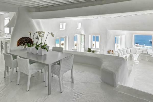 Villa Sapphira-Dining room