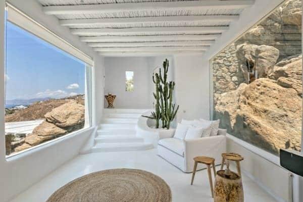 Villa Sapphira-Hall