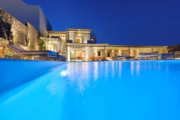 Villa Stasia-Exterior by night