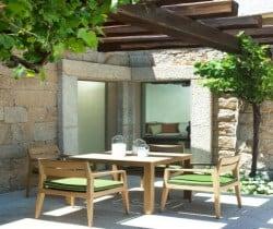 Villa Bithia: Al fresco dining area
