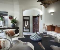 Villa Bithia: Living room