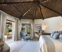 Pino-Bedroom