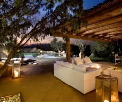 Villa Rosae: Outdoor chill out area
