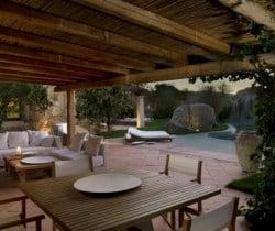 Villa Rosae: Al fresco dining area