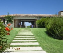 Villa Amata-Entrance