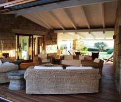 10Villa Elinor - In&Out chill out area