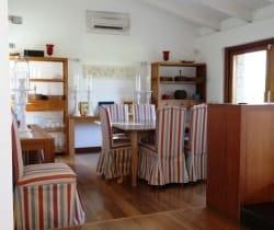 18Villa Elinor - Dining area