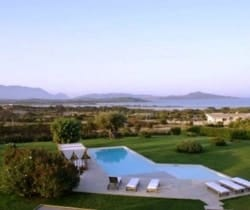2Villa Elinor- Outside views