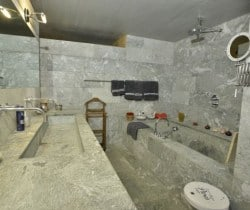 Chalet Cube - Bathroom