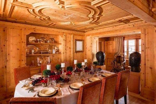 Chalet Olympus-Dining area