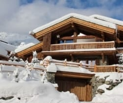Chalet Abacus: Outside view
