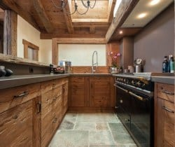 Chalet Abacus: Kitchen